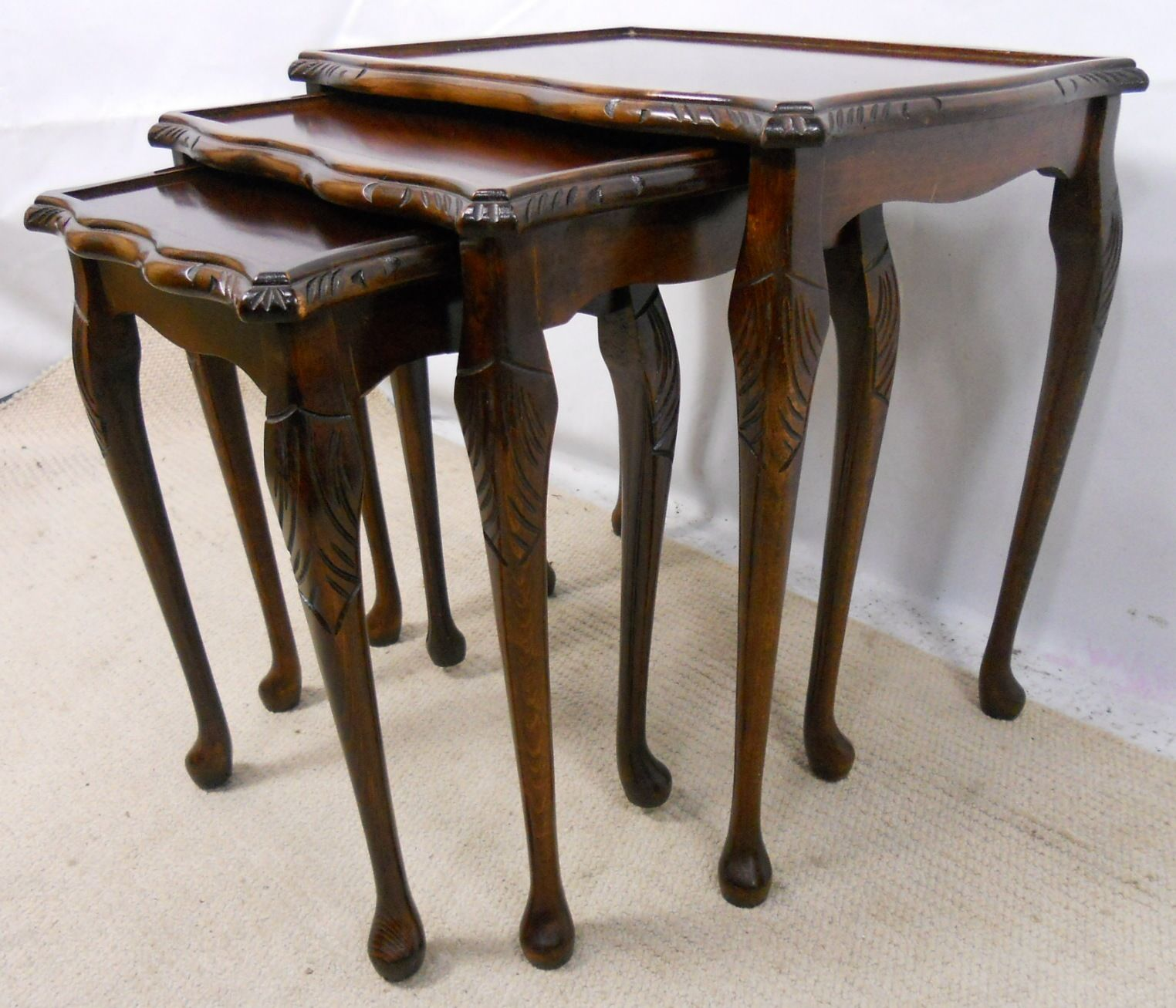 Queen Anne Nesting Tables